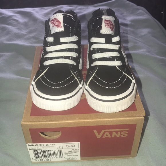vans shoes kids size 5